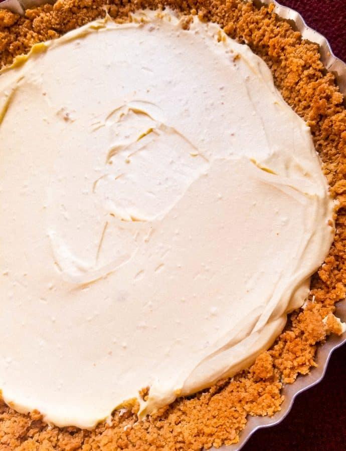 Lemon Cheesecake with Whipped Cream